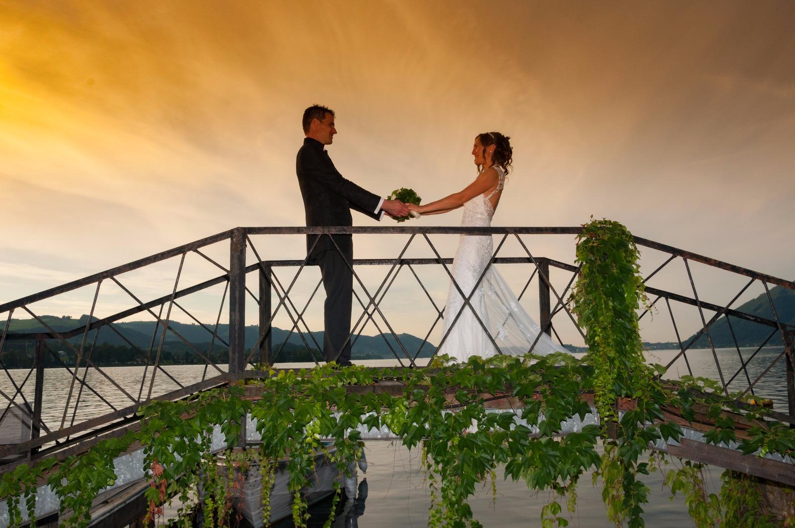 Brautpaar Brücke Traunkirchen