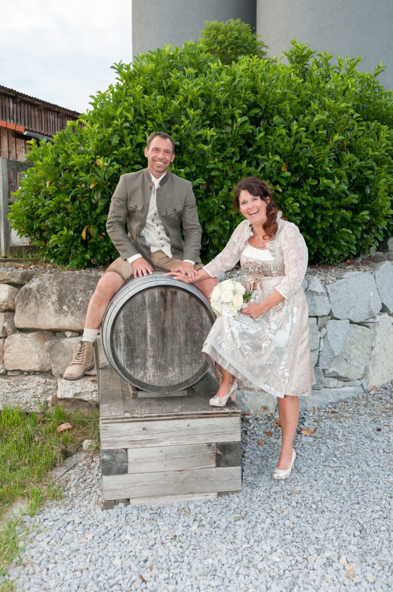 Bräutigam auf Fass