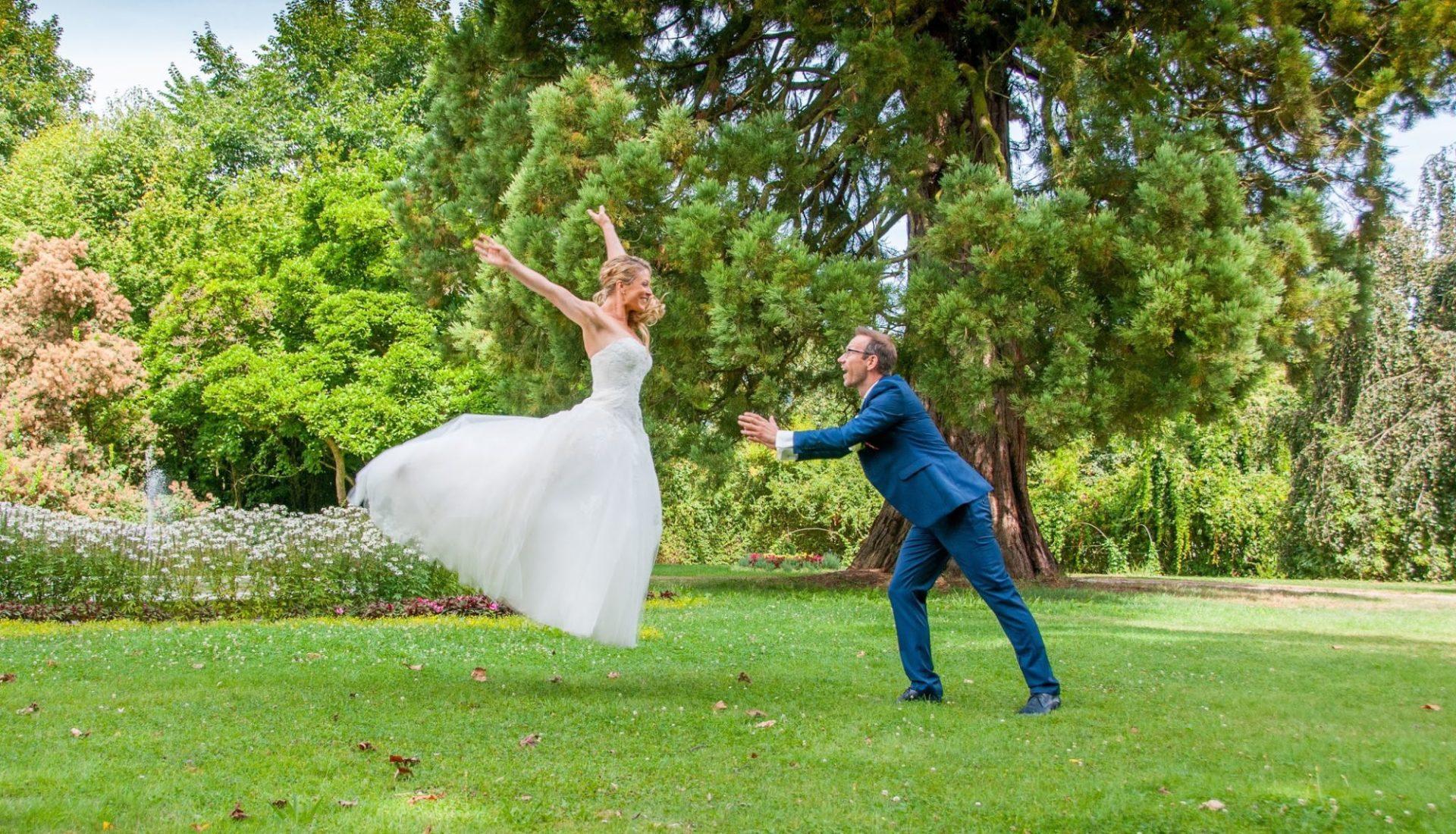 Braut fliegt zu Bräutigam